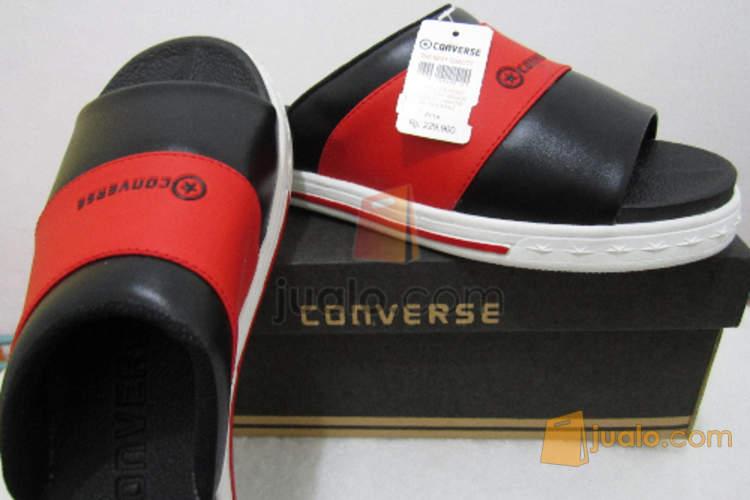 Sandal Converse Trisco (657040) di Kota Surabaya