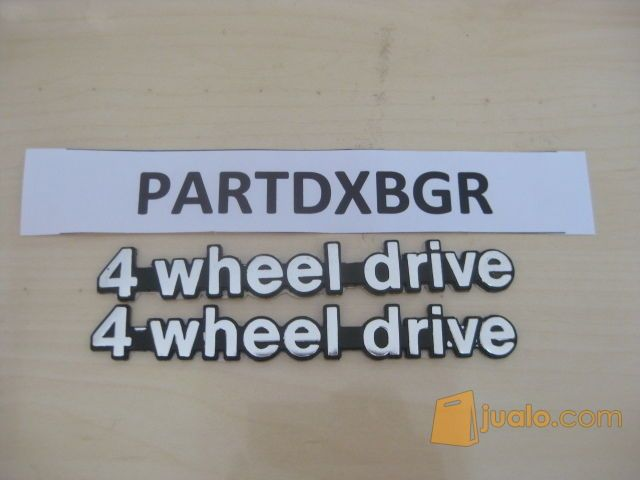 Emblem Logo Tulisan 4 Wheel Drive Model Lurus
