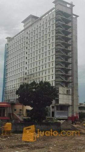 Bellini Tower at Paltrow City Apartment across from UNDIP Tembalang