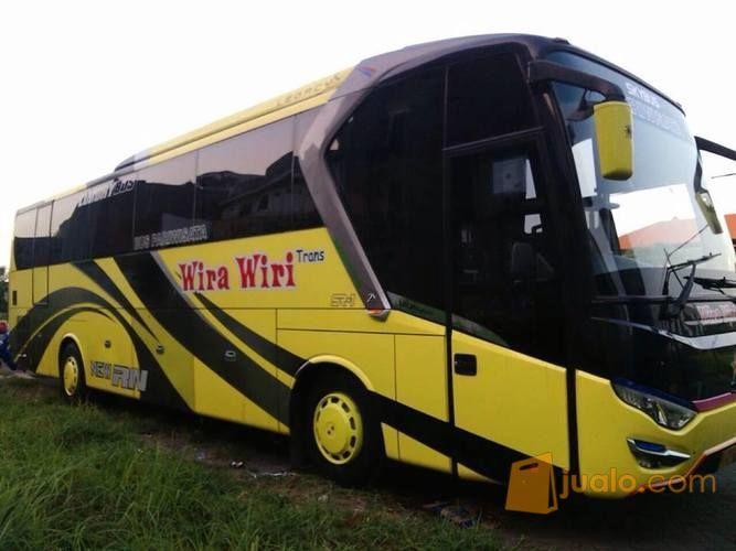 Bus Pariwisata PO. Wira-Wiri Trans Surabaya (8975629) di Kota Surabaya