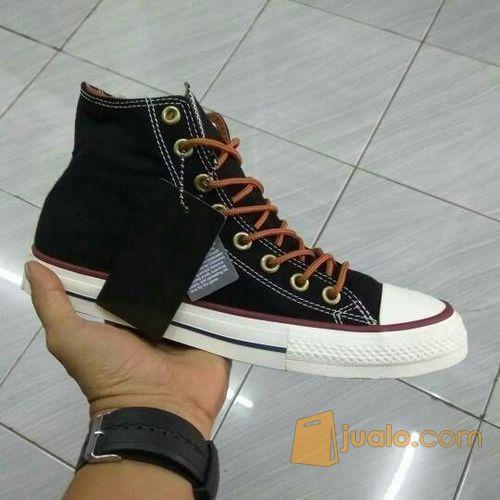 Sepatu converse chuck mode gaya pria 9572877