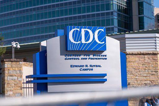 Órgão estadunidense recomenda a vacinação normal de grávidas. (Fonte: Bear Productions/Shutterstock)
