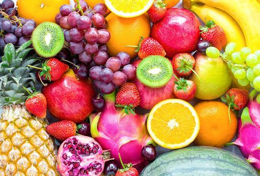 Frutas são alguns dos alimentos presentes em dietas com grandes quantidades de frutose. (Fonte: Chalermchai99/Shutterstock)