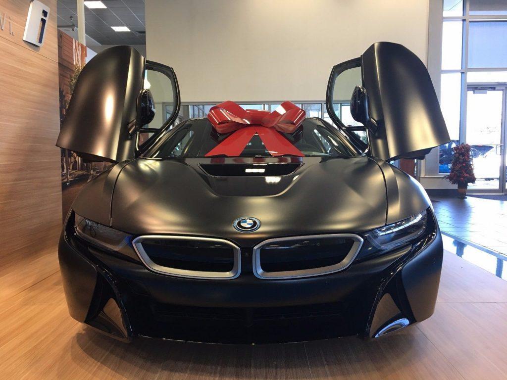 2017 BMW i8 Protonic Black Edition