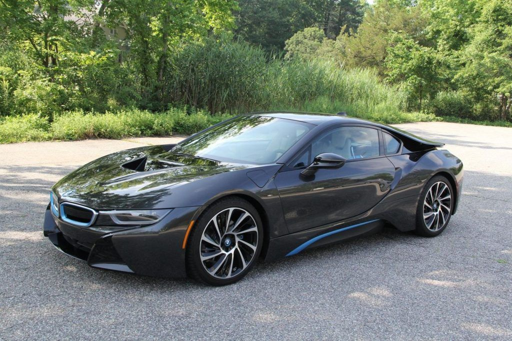 Stunning 2014 BMW i8