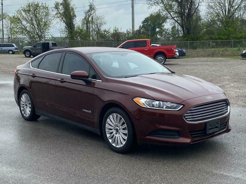 2016 Ford Fusion S Hybrid