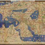 Jak korzystać z map, by nie znaleźć się w lesie?