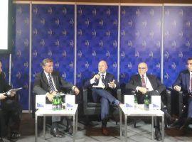 """Relacja z debaty """"Doświadczenia w zarządzaniu sektorem rolno-spożywczym"""""""