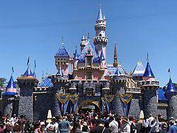 Comparing Airports Near Disneyland – Which Should You Fly to?