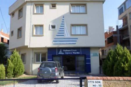 İzmir Yelken Erkek Öğrenci Yurdu