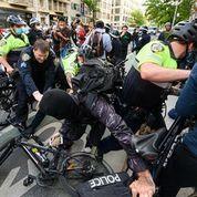 Policing violent protestors