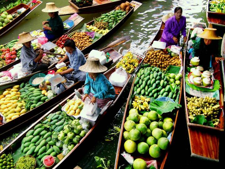 @Damnoen Saduak Floating Market