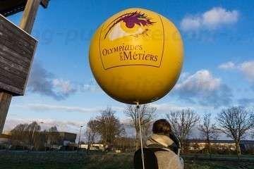 ballon publicitaire street marketing sac à dos olympiades des métiers pour opération street marketing