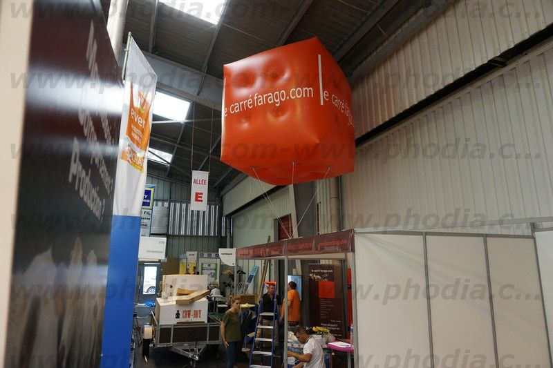 cube gonflable helium pour installation sur stand