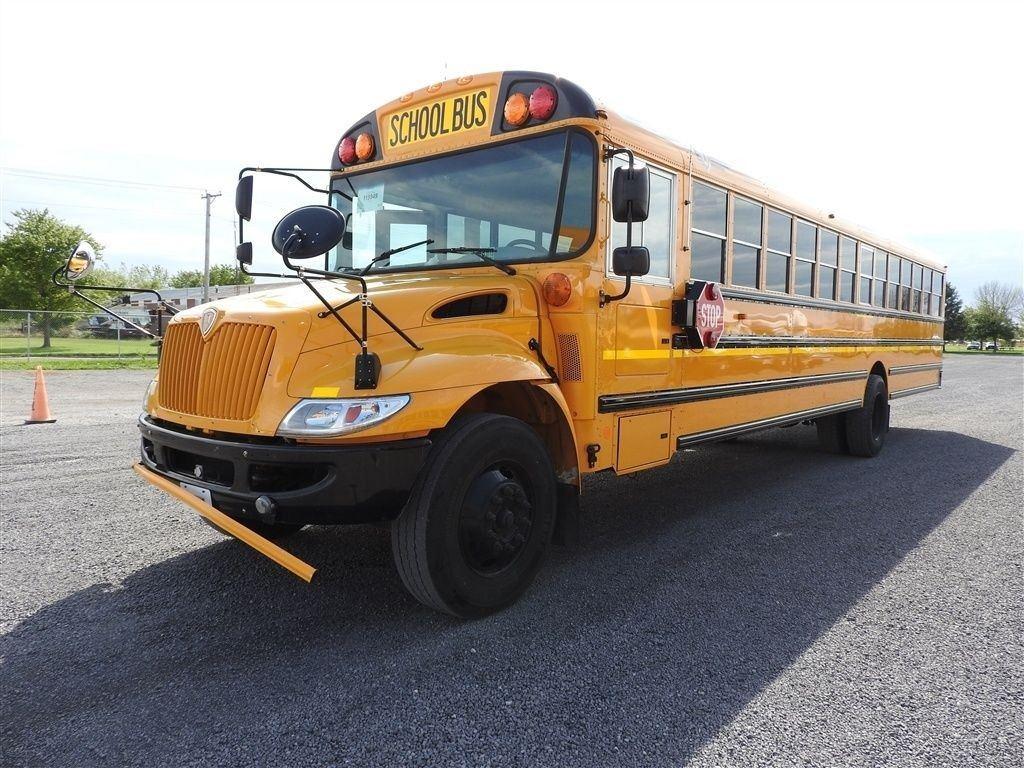 2013 IC CE 77 Passenger Bus