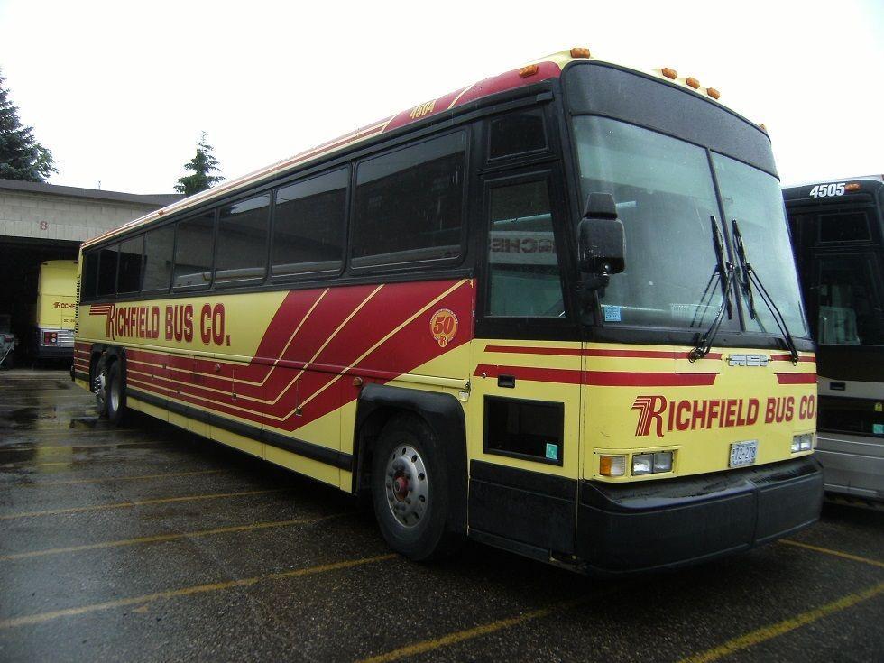 1997 MCI 102 DL3 55 Passenger Coach