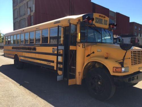 2001 Thomas School Bus