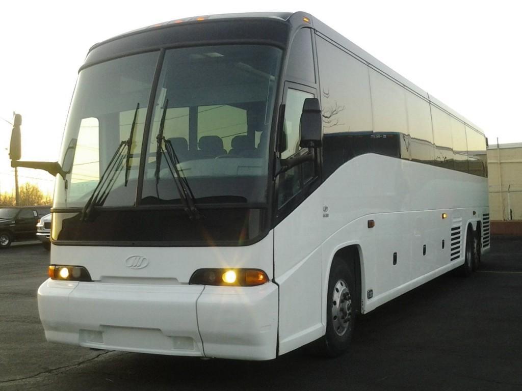 2002 MCI E4500 56pass Motorcoach charter bus