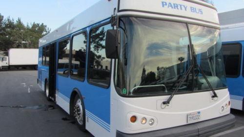 2006 Eldorado Party limo Bus 28 Pass