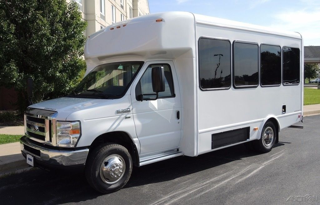 2016 Ford Starcraft 14 Passenger Commercial Bus 5.4 Gas Triton Engine