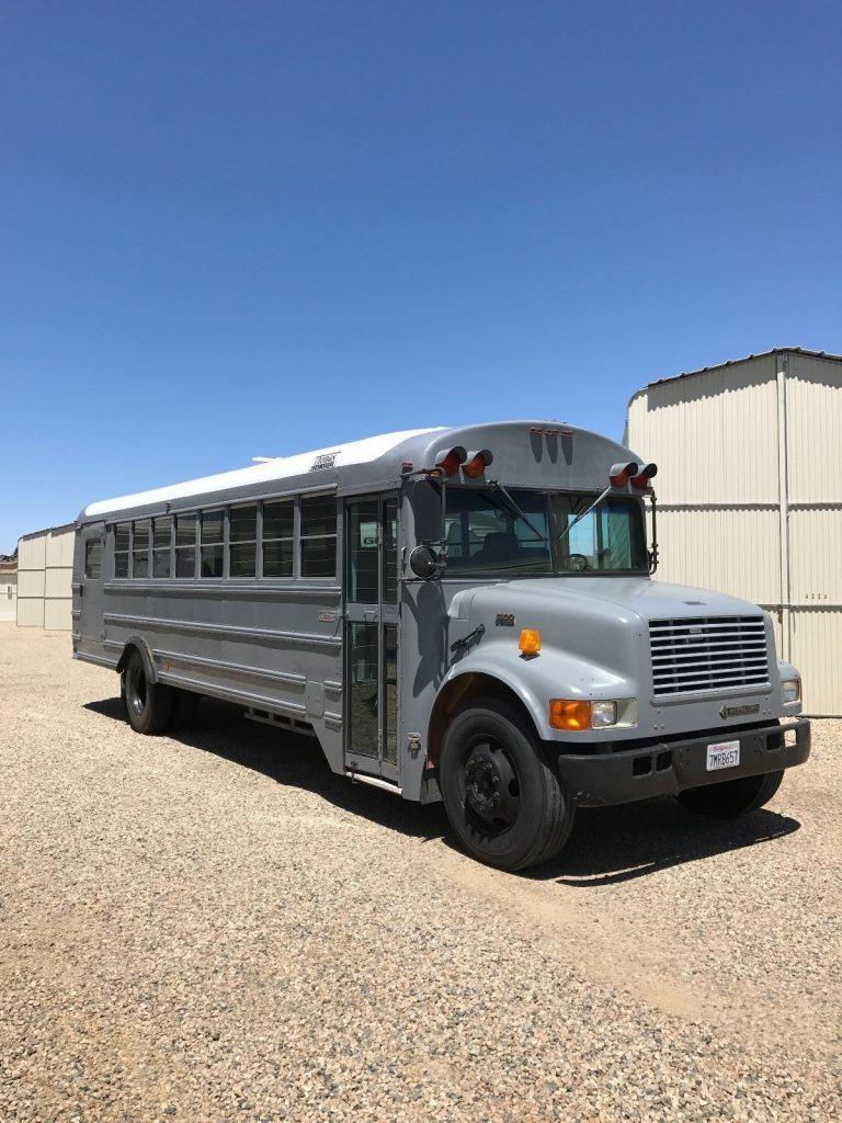 2001 Thomas 3800 School Bus