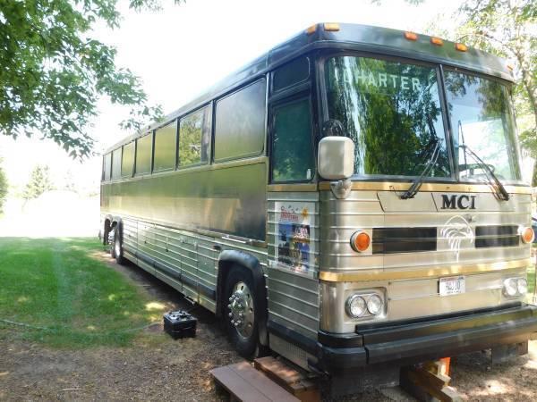 1987 MCI 9 Bus Conversion
