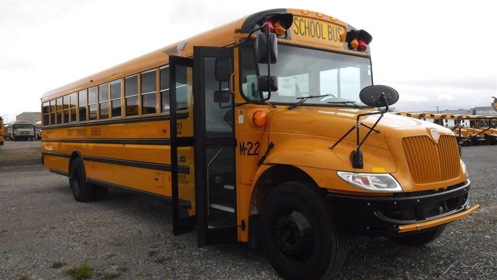 School Bus 2016 IC CE