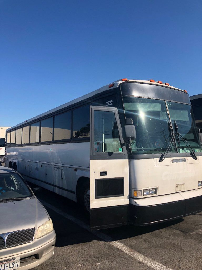 1996 MCI DL charter bus 45 foot 102 inch wide