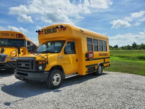 2017 Ford Starcraft Quest Bus 14 passenger extremely low mileage school bus!!! for sale