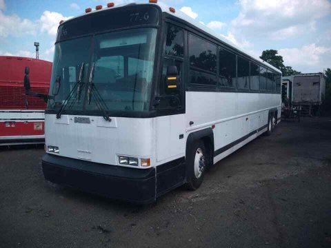 2000 MCI DL3 Coach Bus for sale