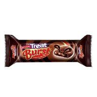 Britannia Treat Burst chocolate biscuit Image