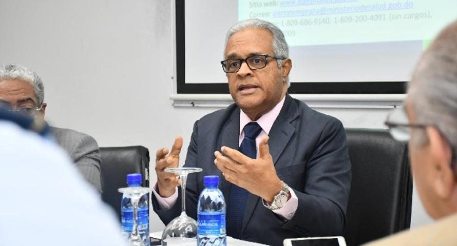 Ministro Salud atribuye brote de Covid-19 en hospital de Nagua a fallos en bioseguridad