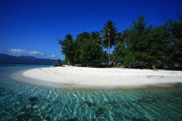 Destinasi Populer di Pulau Karimunjawa