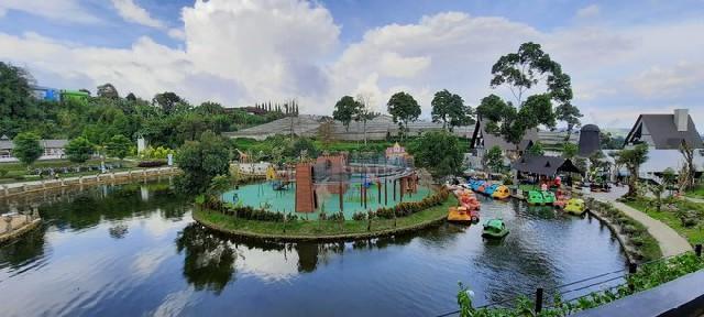 Wisata Terdekat Bandung - Lembang park zoo