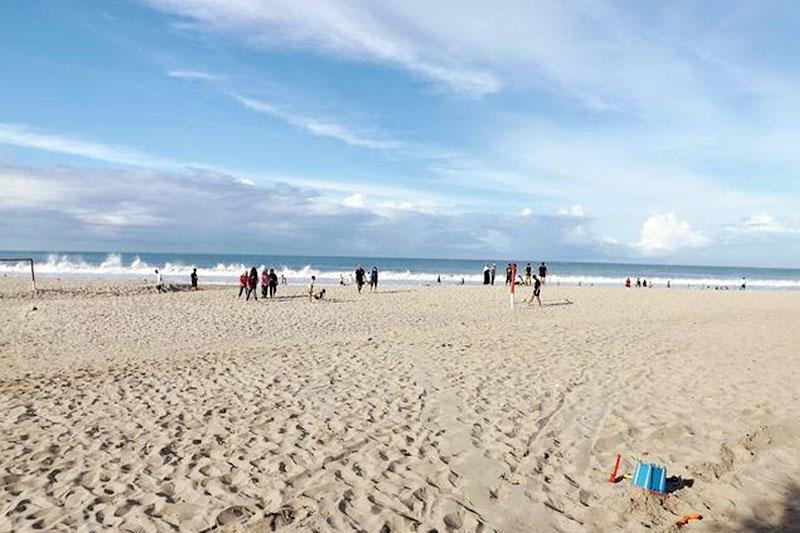 Pantai Sawarna Yang Eksotis Wajib Kamu Kunjungi 2021