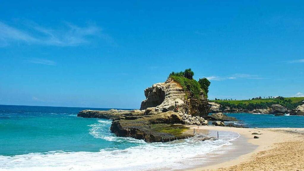 Pantai Klayar Pilihan Destinasi Wisata Paling Tepat 2021