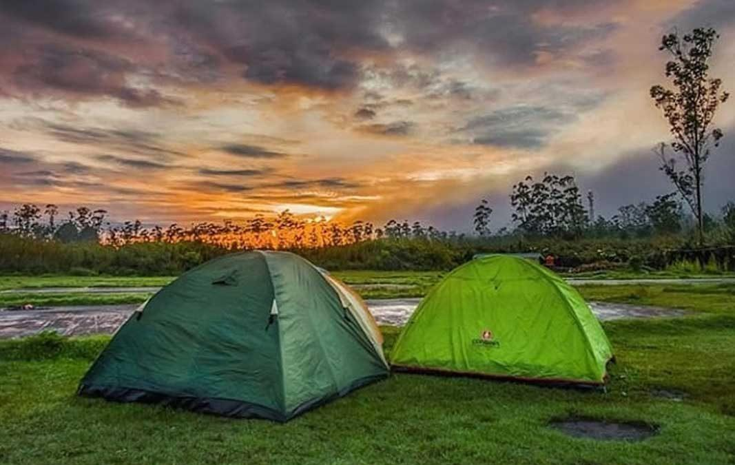 Ranca Upas Destinasi Wisata Favorit Campers Di Bandung Timur