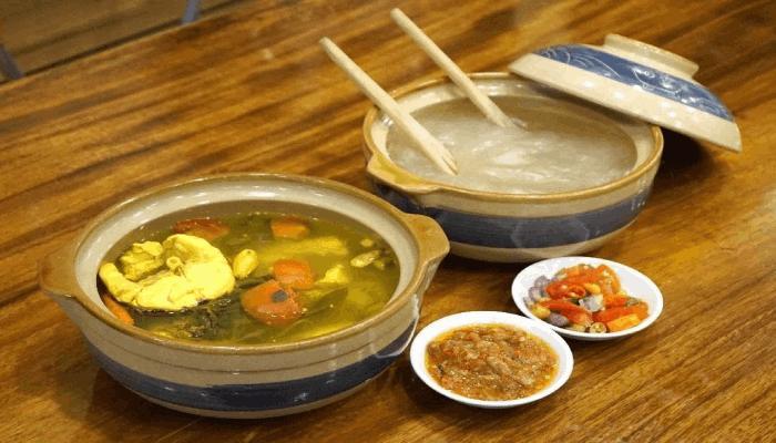 Papeda Makanan Khas Indonesia Timur