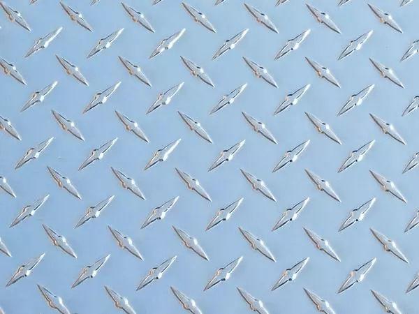 Aluminium Alloy 3003 Chequered Plate supplier in Dubai