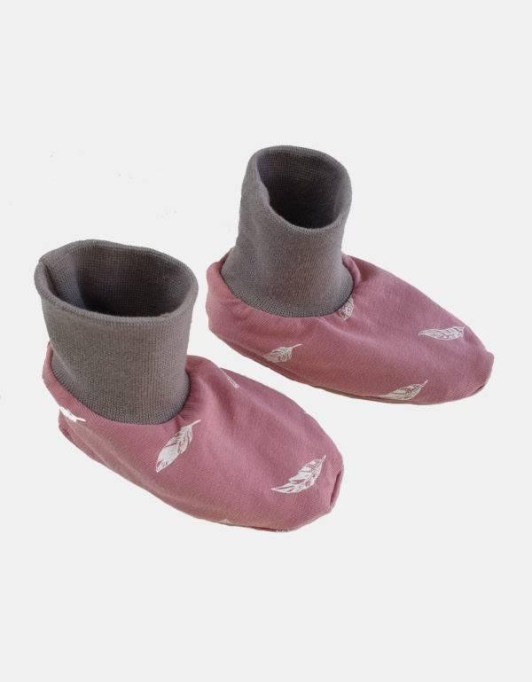 Baby-Schuhe altrosa mit Feder, gefüttert mit Nicki