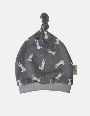 Babymütze grau mit Kaninchen