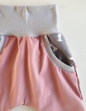Pumphose (Baggy-Style) altrosa mit Taschen, Kaninchen