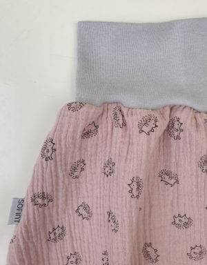 Rock aus Musselin zart rosa mit Igel