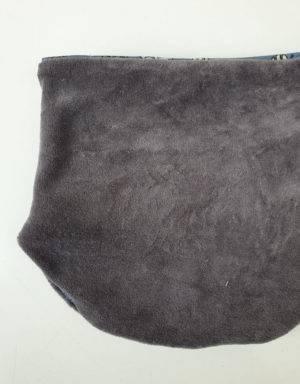 Halssocke blau-grau mit Tieren (Bio-Jersey)