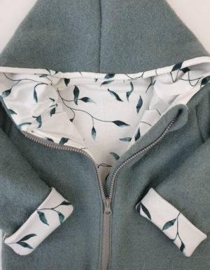 Walkjacke mintgrün, weiß mit grünen Blättern