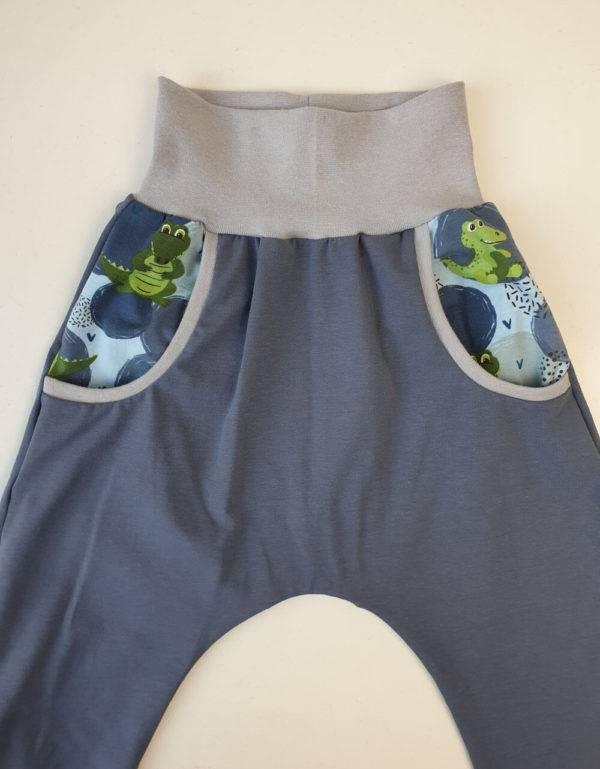 Pumphose blau mit Taschen, blau mit Krokodil
