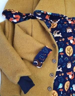 Walkjacke senf-gelb, dunkelblau mit Waldtiere