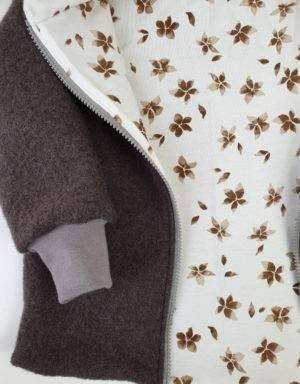 Walkjacke taupe, weiß mit braunen Blumen