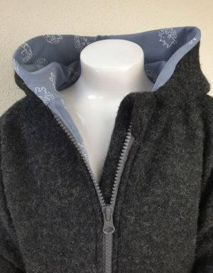 Walkjacke grau-schwarz, blau mit Igel
