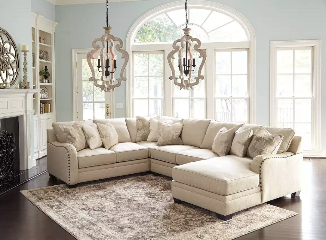 LUXORA SECTIONAL SOFA WITH CHAISE